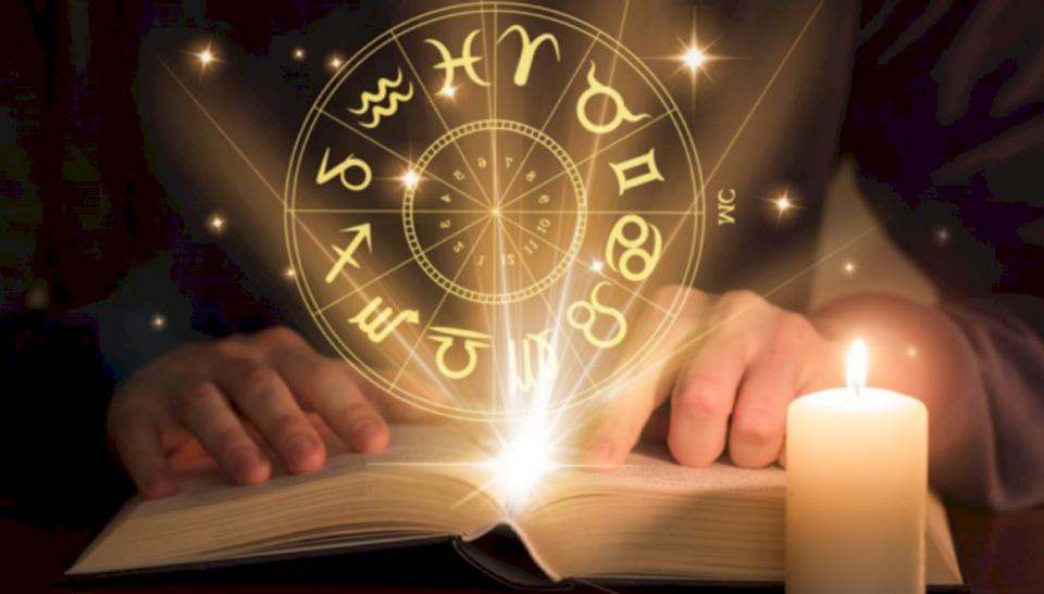 Dashuria dhe puna- Ky është parashikimi i horoskopit për sot