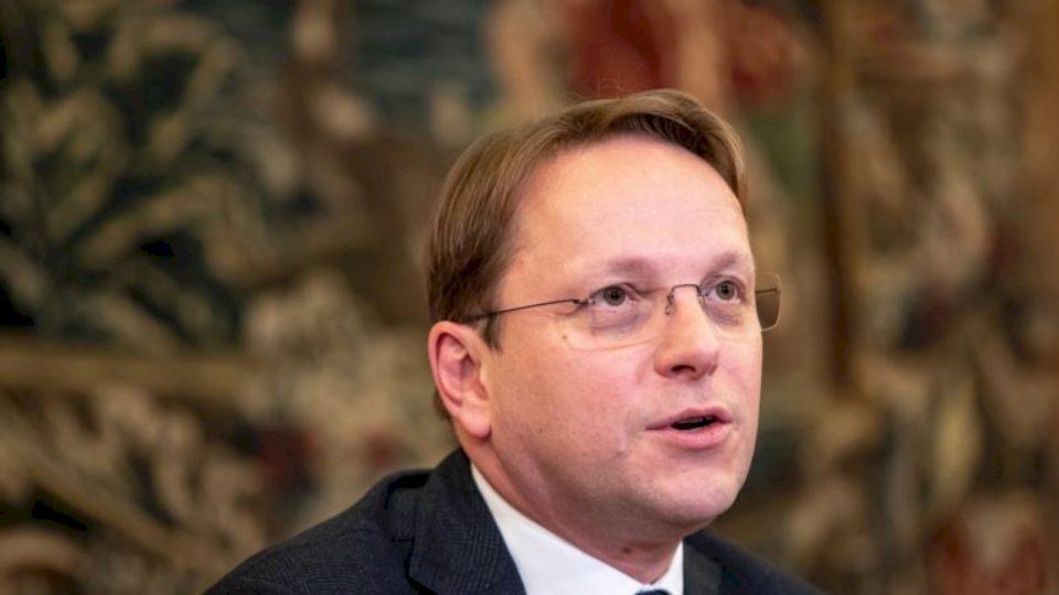 Komisioni Evropian shtyn për vjeshtë raportet e progresit për vendet e Ballkanit