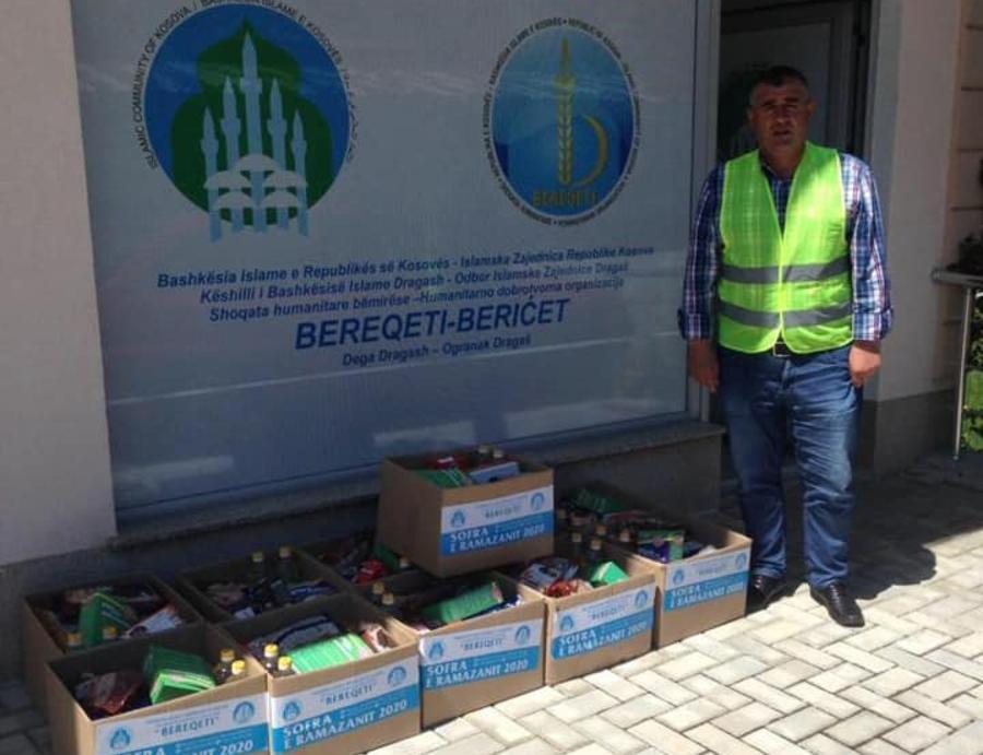 """Me plotë intenzitet po vazhdon projekti """"Sofra e Ramazanit"""" nga Shoqata """"Bereqeti"""" dega në Dragash"""