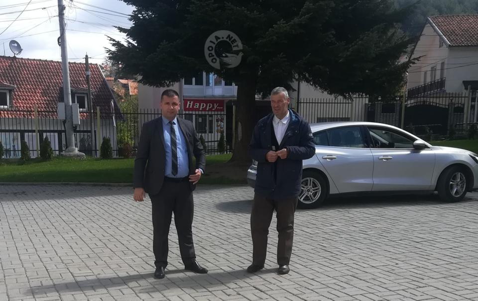 Drejtori i Arsimit në Dragash është i kënaqur me punën që po bëhet për organizimin e mësimit në distancë