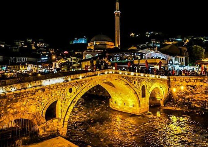 Në Prizren, 54 raste aktive me coronavirus, 32 persona presin rezultatet gjatë ditës
