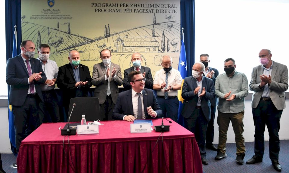 Hoti: 53 milionë euro për bujqësi