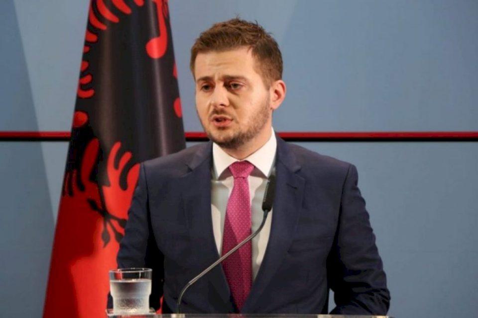 Cakaj: Shqipëria financon dy biblioteka në gjuhën shqipe në Tuz