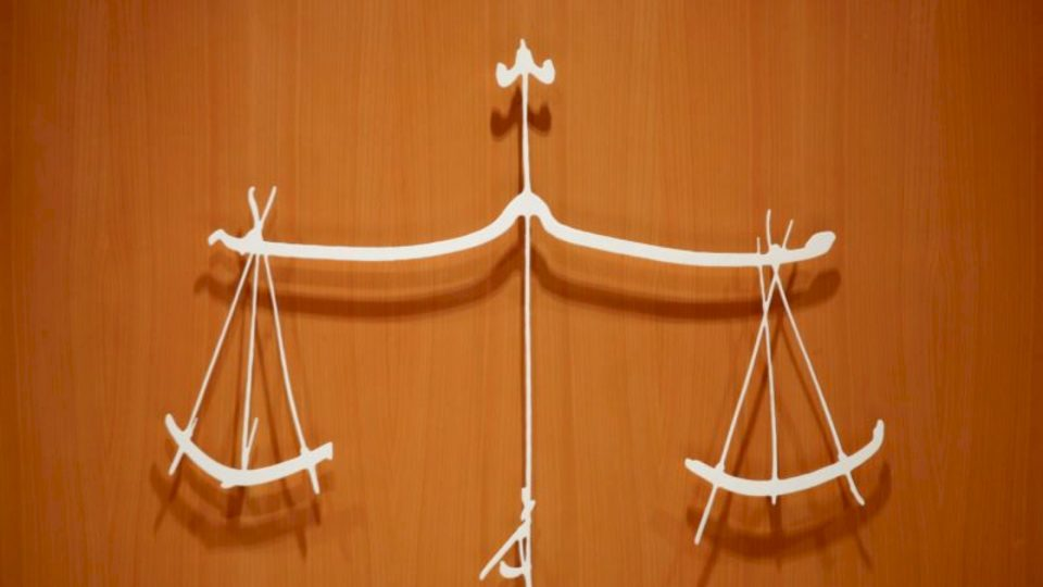 Qytetarët rendisin gjyqësorin si sektorin më të korruptuar në Maqedoninë e V.