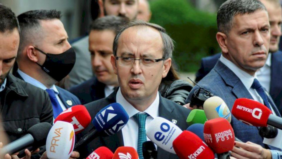 Hoti paralajmëron masa të reja, Kosova në rrezik nga vala e dytë e koronavirusit