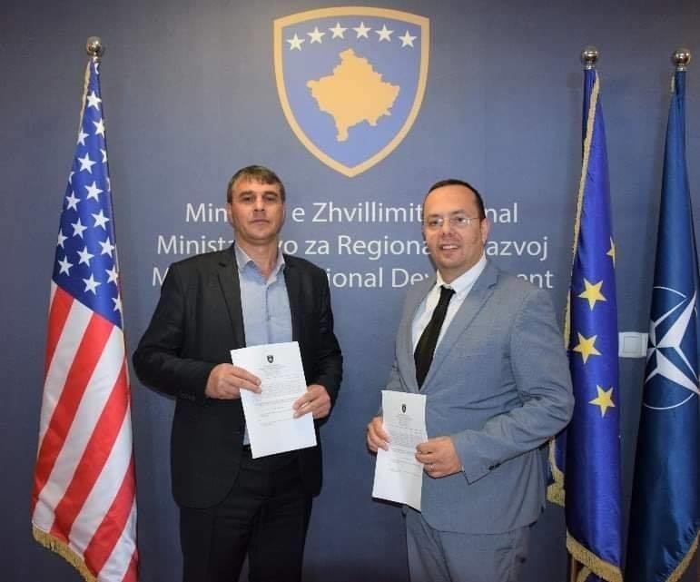 Ministria e Zhvillimit Rajonal nënshkroi Marrëveshjen e Mirëkuptimit me komunën përfituese të Dragashit në kuadër të Programit për Zhvillim Rajonal PZHR 2020