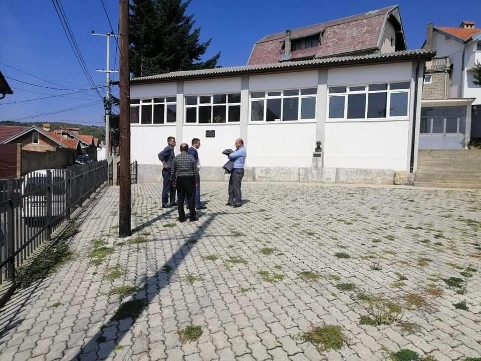 Vijon puna për rikonstruksionin e ambienteve shkollore në Dragash