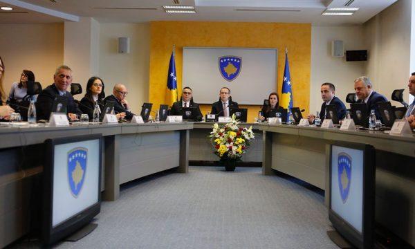 Qeveria sot vendos hapjen e kufirit me Shqipërinë