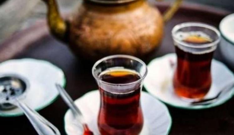 Mos Ia Teproni Me Çaj Rusi, Ja Si E Dëmton Organizmin