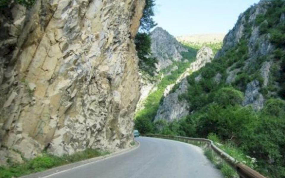 Mbyllet rruga Prizren-Prevallë