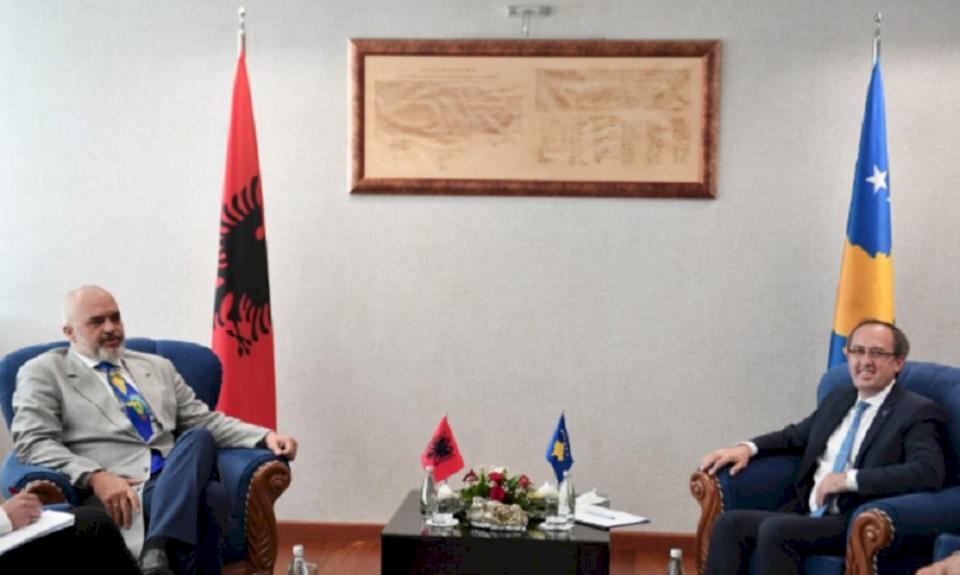 Hoti kërkesë Edi Ramës: Një pjesë e Portit të Durrësit të jetë e Kosovës