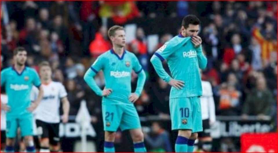 Ndeshja  ndaj Espanyol, Barcelona me 4 mungesa të mëdha