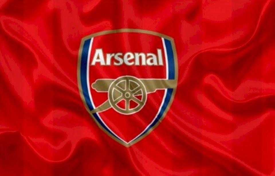 Mbrojtësi i Arsenal kërkon largimin nga skuadra