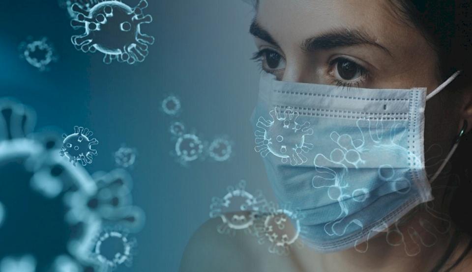 Alarmojnë ekspertët: Të mbijetuarit e koronavirusit mund ta humbin dëgjimin, nuhatjen dhe shijen