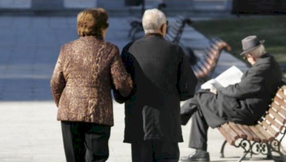 Apeli i veçantë i IKSHPK-së për të moshuarit në Kosovë: Rrini në shtëpi