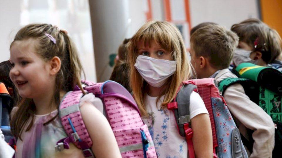 Shtatë të infektuar me Covid në shkollat e Prizrenit