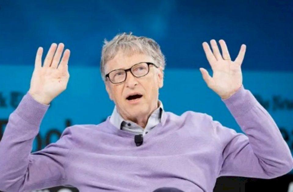 Ky është parashikimi i Bill Gates për fundin e pandemisë