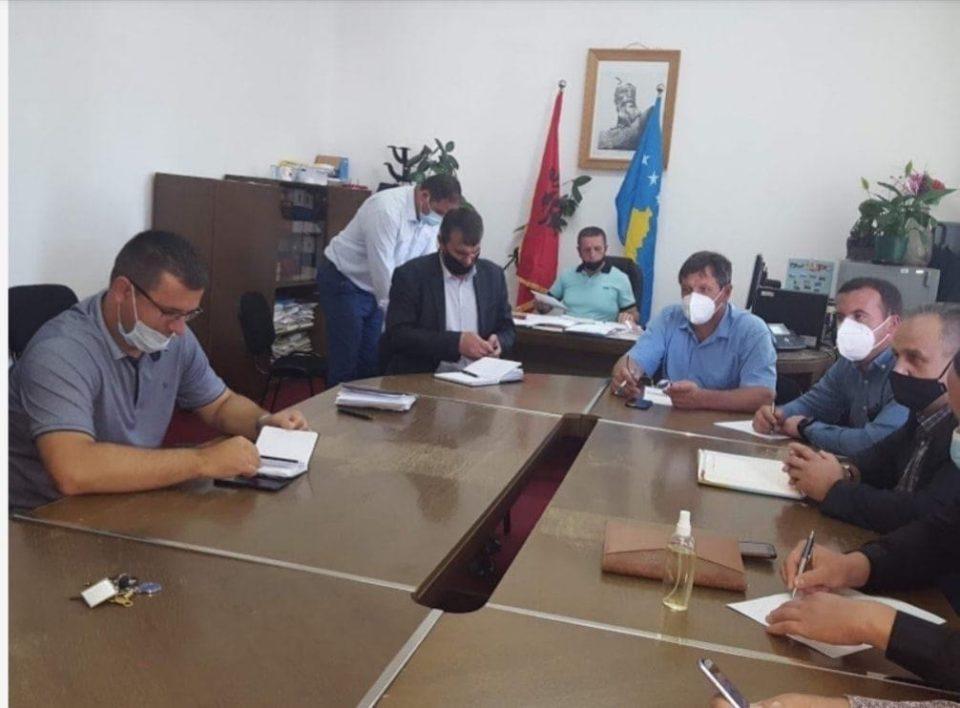 Mbahet takimi i Shtabit Emergjent diskutohet për pandemin dhe fillimin e vitit të ri shkollor
