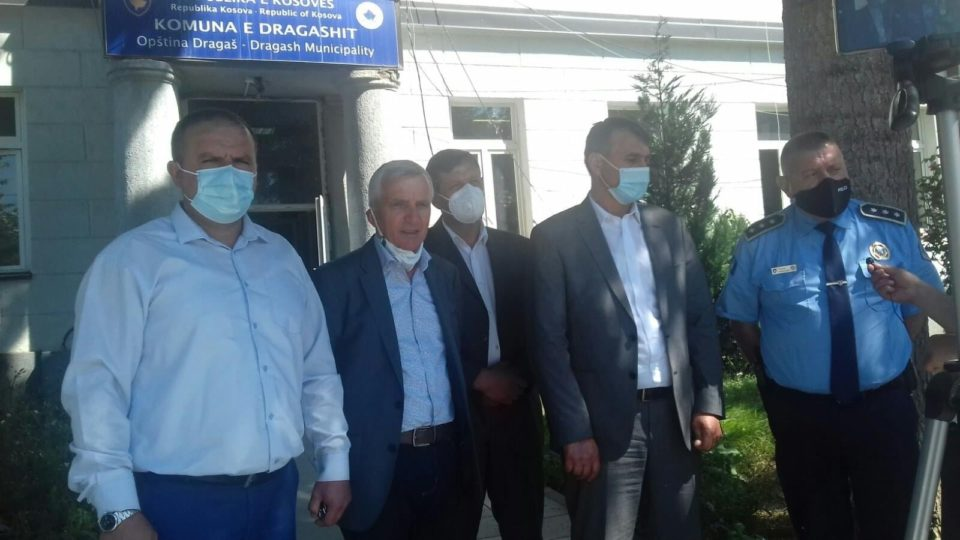 Ambasadori Qemal Minxhozi dhe Komandanti i policisë kufitare Nexhmi Krasniqi vizituan komunën e Dragashit