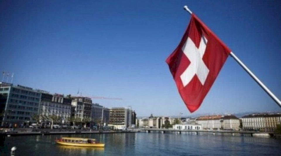 Masat antiCovid në Zvicër, pse ka kundërshtime për to?