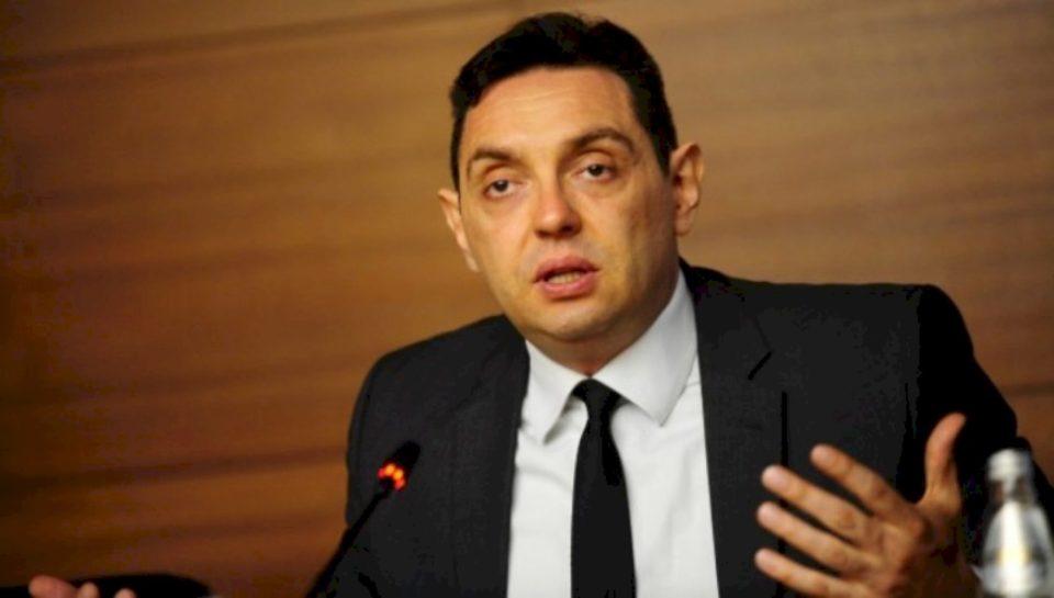 Vulin me paralajmërim për Bosnjën rreth njohjes së Kosovës