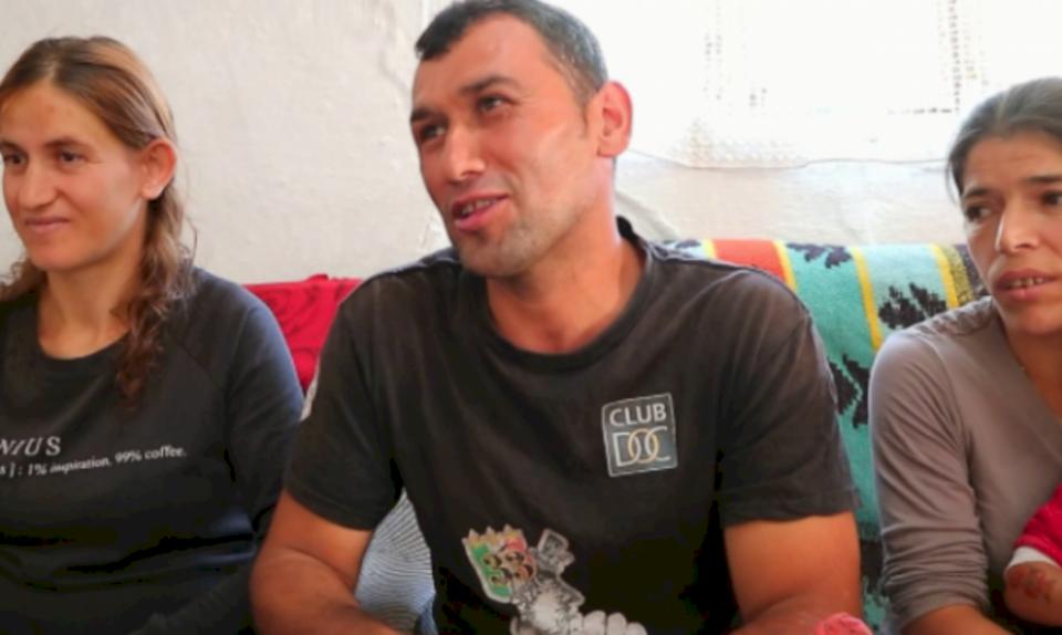 Rrëfehet burri shqiptar me dy gra e shtatë fëmijë: Të dyja i dua shumë, pa dallim