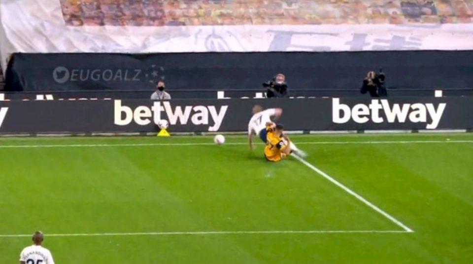 Manchester City-Wolves, shënohet gol i jashtëzakonshëm