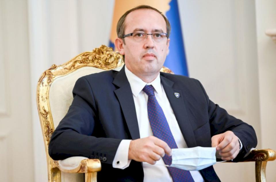 Qëndrimi i pesë zyrtarëve në Uashington e Bruksel i kushtoi Kosovës mbi 30 mijë euro