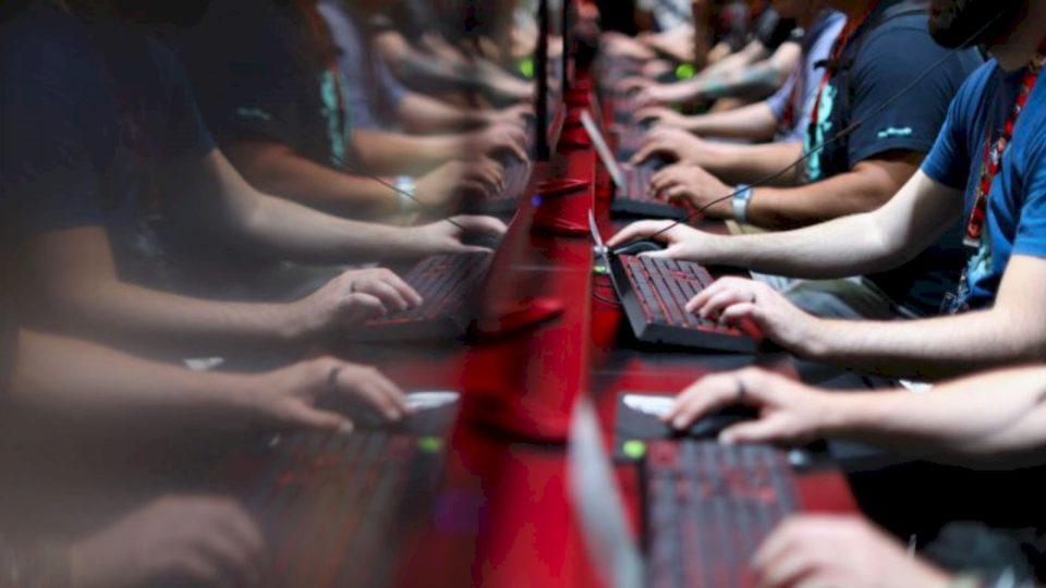 Kosova e izoluar edhe në internet