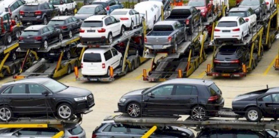 S'kalon heqja e homologimit të veturave