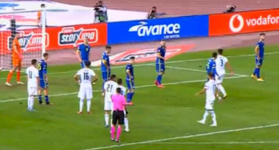 Tensione në fund të ndeshjes, lojtari kosovar ndëshkohet me të kuq