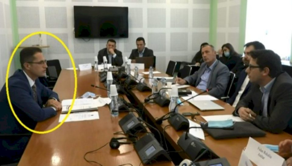 Blerim Rexha rrëfehet: U largova nga Bordi i AKP-së se u shitën 50 hektarë tokë për 5 mijë euro.