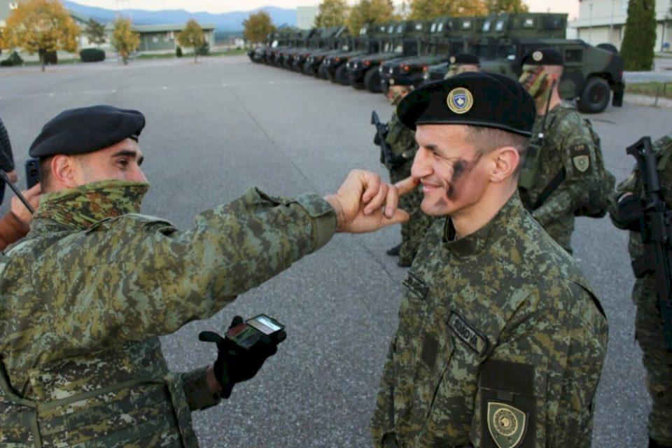 Haxhi Krasniqi në uniformën e FSK-së, krenar me ushtrinë tonë