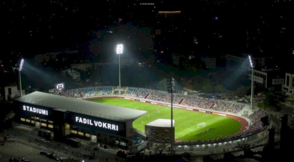 """Stadiumi """"Fadil Vokrri"""" pritet të bëhet me 21 mijë ulëse"""