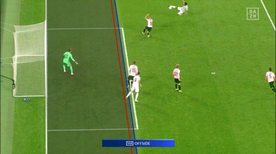 """Sistemi VAR me """"hat-trick"""" në ndeshjen Juventus – Barcelona, tre gola të anuluar për Alvaro Moratan"""