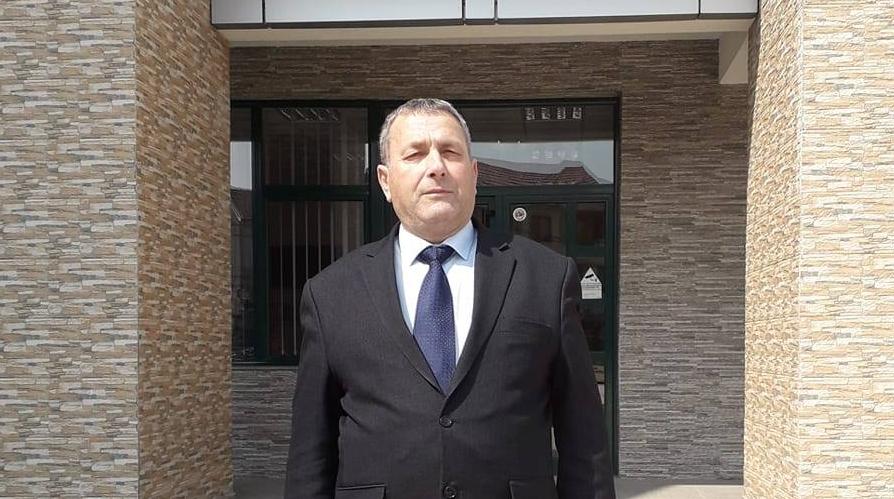 """Ka ndërruar jetë mësimdhënësi i SHFMU """"Ulina"""" në Kosavë, Samet Halimi"""
