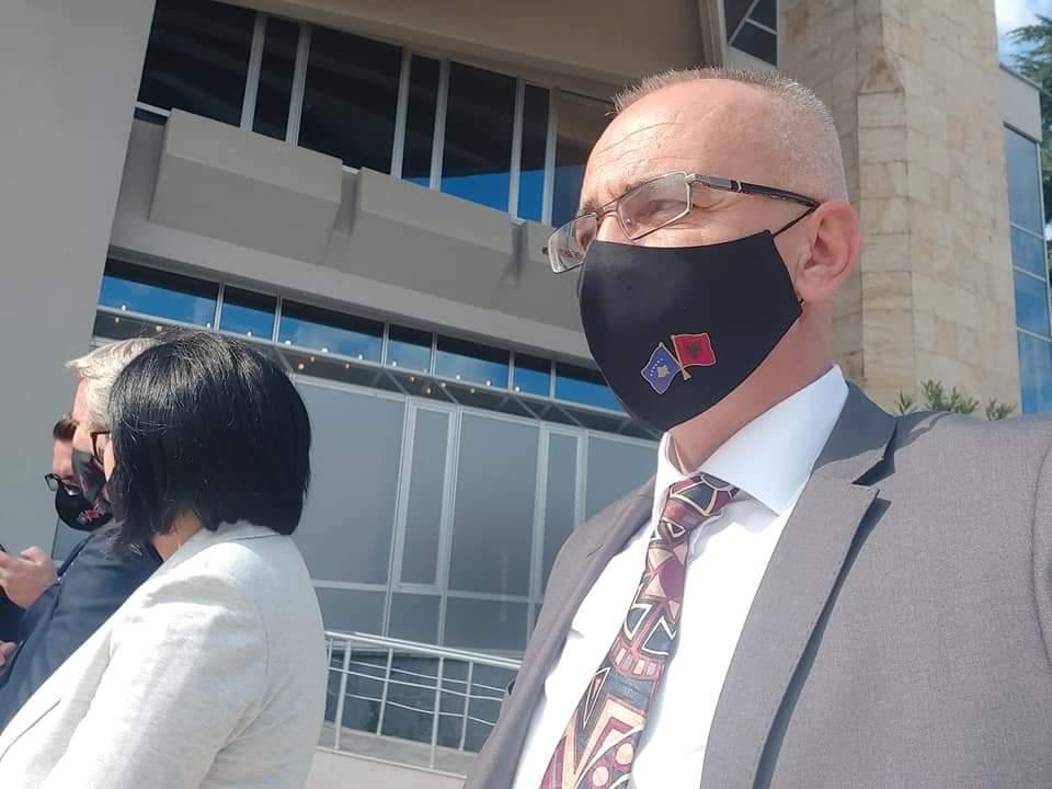 Selim Kryeziu: pretendimet për punësime partiake, shpifje të ulta