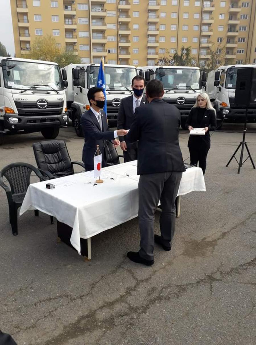Japonia ndihmon me kamionë 'EKOREGJIONIN' në Dragash
