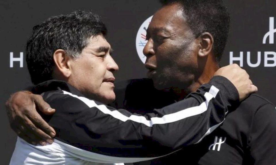 """Pele me letër emocionuese për Maradonën: """"Të dua, Diego"""""""