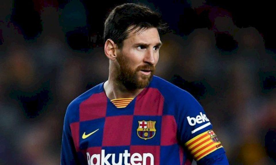 Arsyet që e shtyjnë Messin të pranojë ofertën e PSG-së