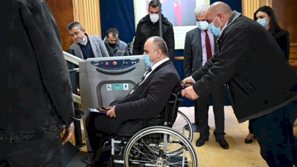 Me propozim të Fetah Rudit, Kuvendi miraton rezolutën për të drejtat e personave me aftësi të kufizuara