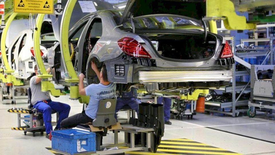 Fuqizohet industria gjermane, rritet shitja e makinave