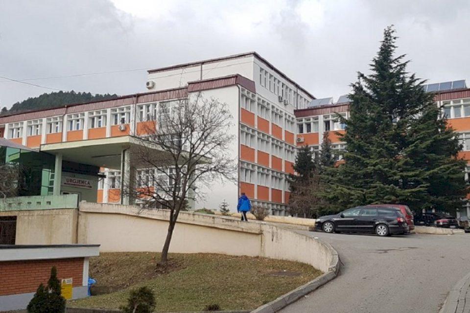 Rritet numri i pacientëve në gjendje të rëndë në Spitalin e Pejës
