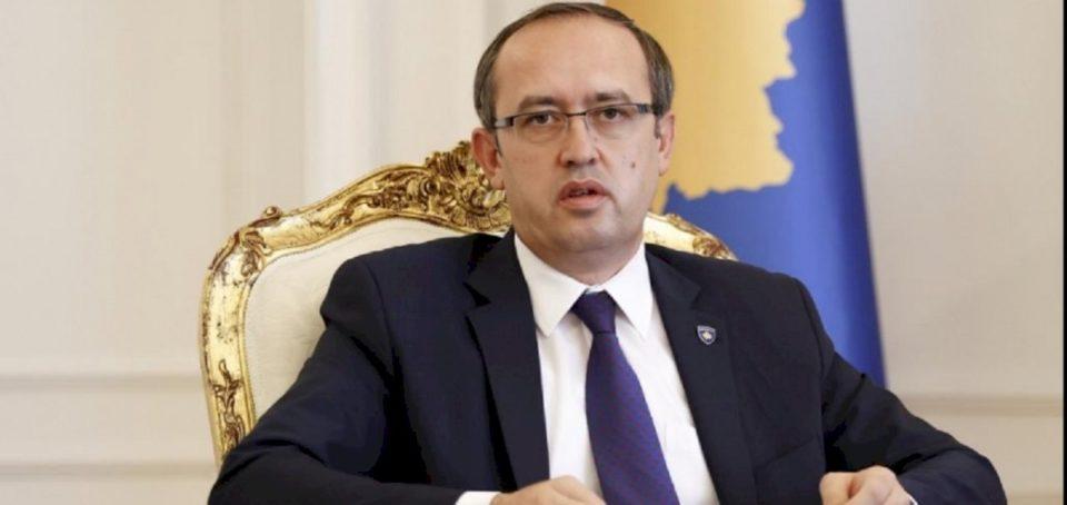 Hoti: Presim që Serbia të kërkojë falje për krimet e kryera në Kosovë