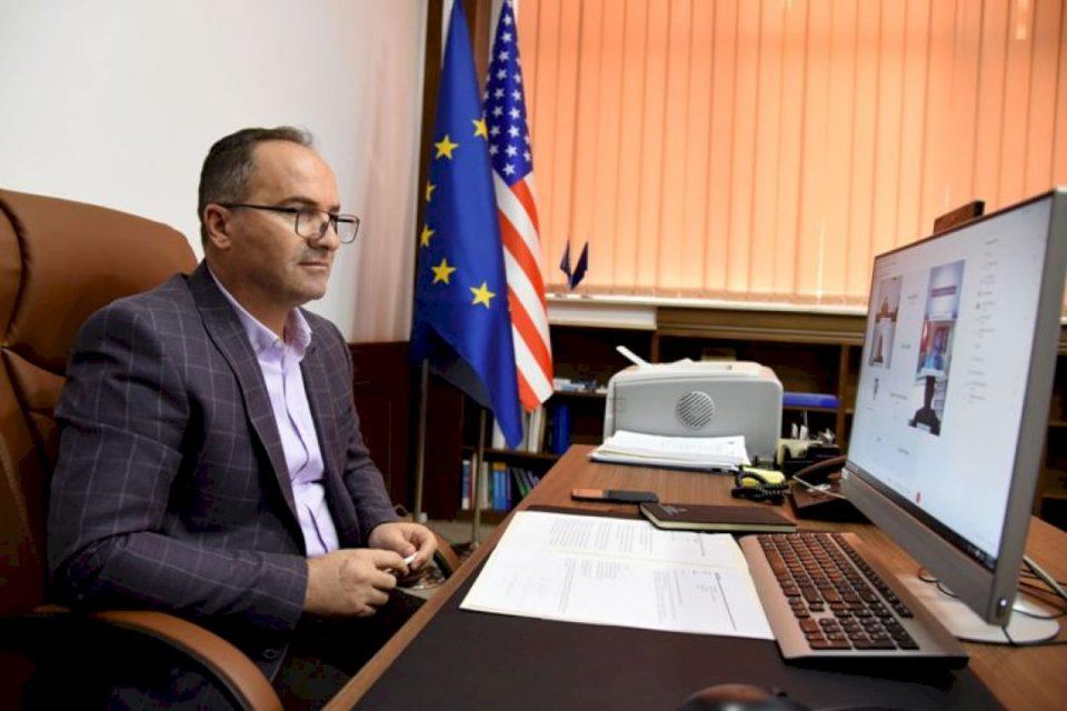 Krasniqi bisedoi për projekte të përbashkëta me menaxherin e BB-së, Massimiliano Paolucci