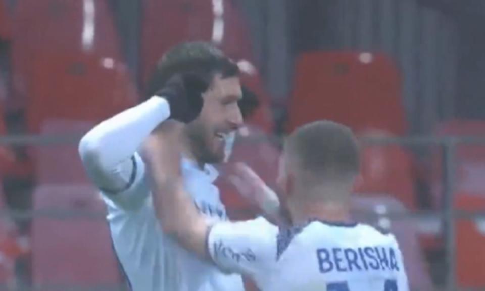 Arbër Zeneli shënon golin më të bukur në karrierë, por edhe të sezonit