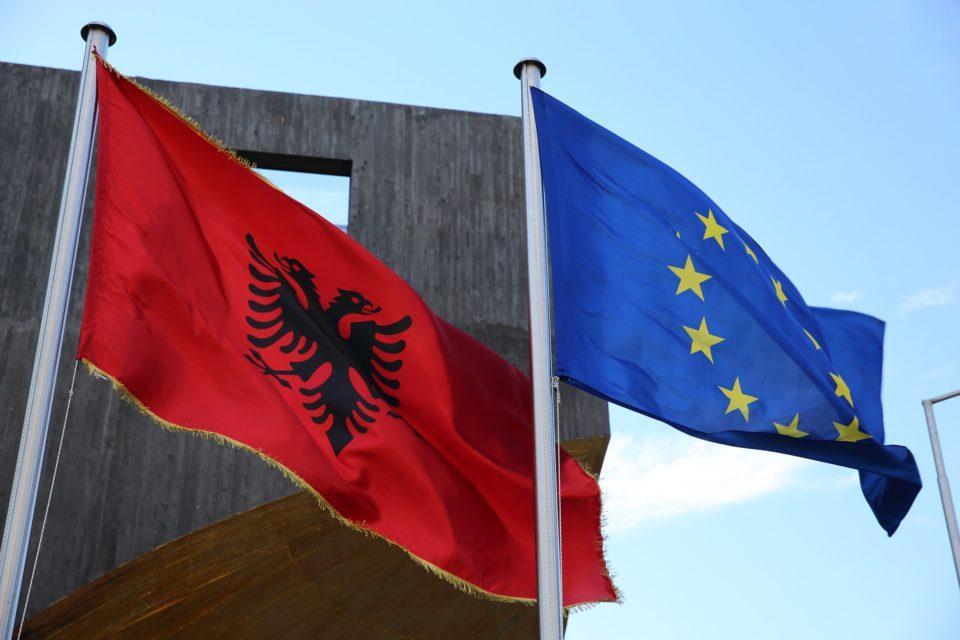 Gjykata Kushtetuese në Shqipëri u bë me 7 anëtarë, BE: Vendim i rëndësishëm