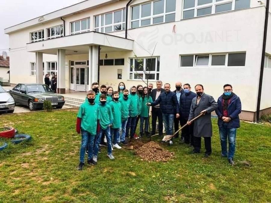 """OJQ Ambienti po vazhdon implementimin e projektit """"Ditët ekologjike"""" financuar nga Komuna e Dragashit"""