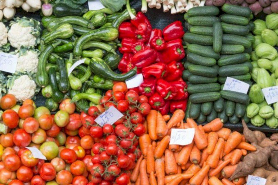 ASK: Shënon rritje tregtia me pakicë e produkteve ushqimore, pijeve e duhanit