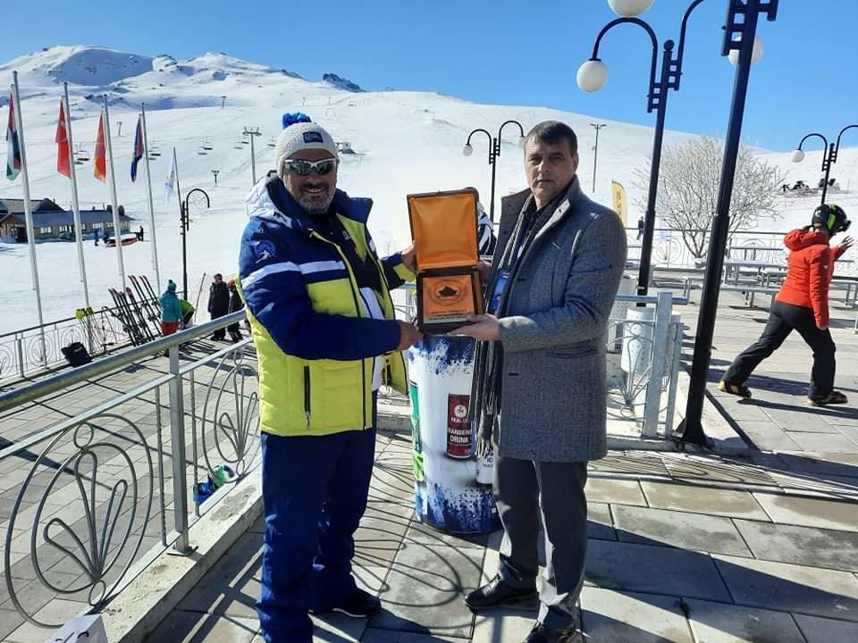"""U zhvillua edicioni i dytë i garës ndërkombëtare të skijimit """"Dardania Cup"""""""